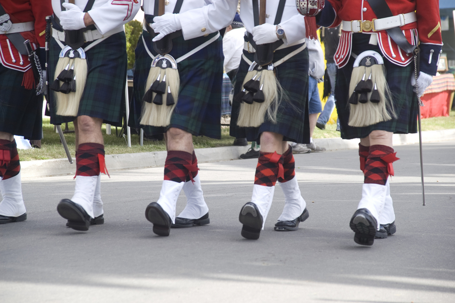 JAM Brothers Embroidery Uniforms Embroidery Kilt Sporrans Sticks Drum Pipe Gauntlets Sashes Glenagarry Balmoral Chevrons Aiguilettes Badges Scotlans Scottish Highland Band